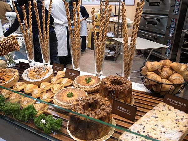 5.歐風堅果餅乾麵包
