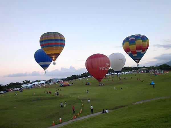 13.火熱的氣球飛上天