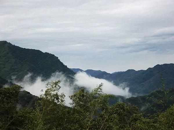 14.雲霧飄渺間人似在仙境