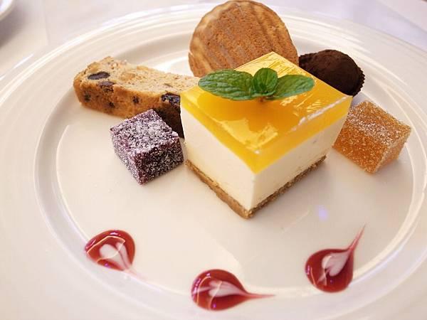 15.綜合法式甜點