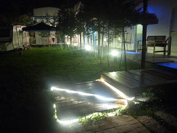 47.溫暖的指引燈光