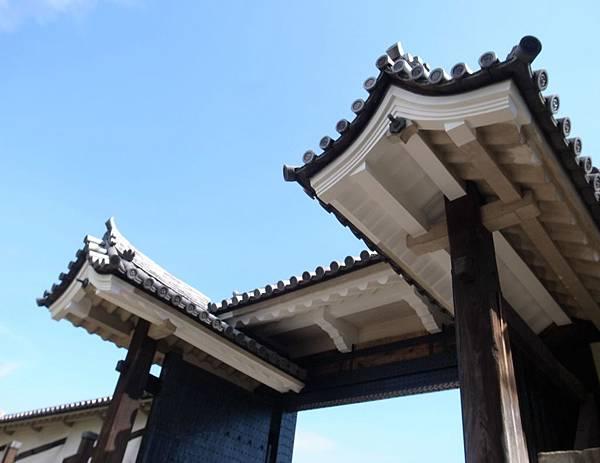 11.櫻門