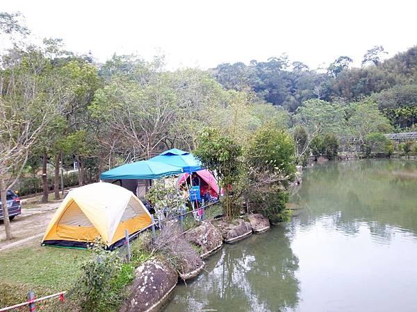 18.湖畔營地