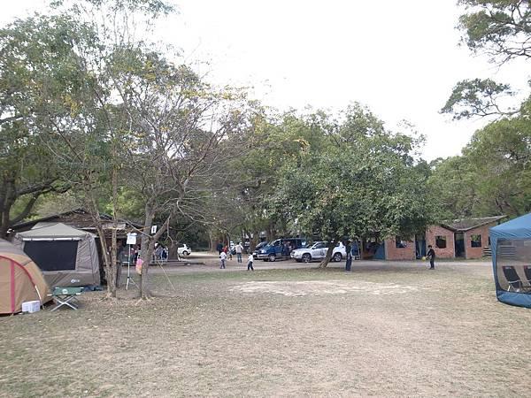 7.偌大的營地