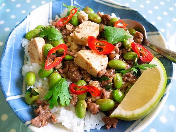 2-7 中式牛肉拌豆腐