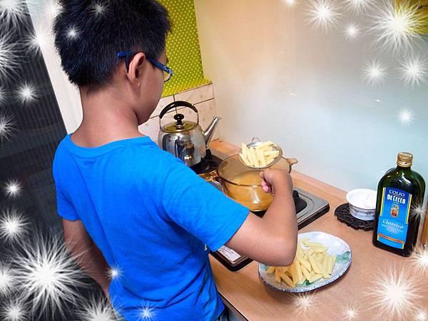 0.流汗煮義麵