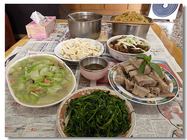8中午吃阿嬤愛心料理.jpg