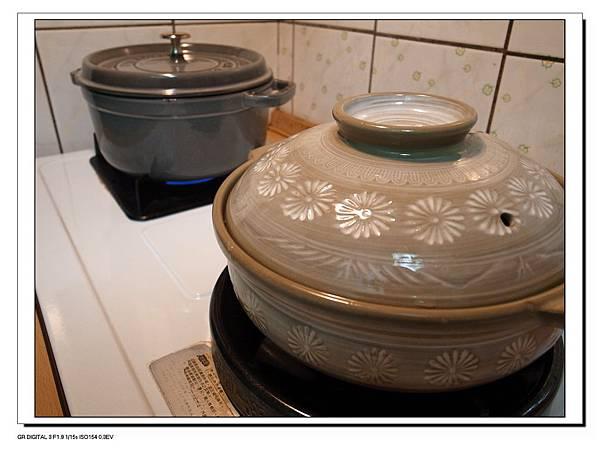 3.兩鍋同煮.JPG