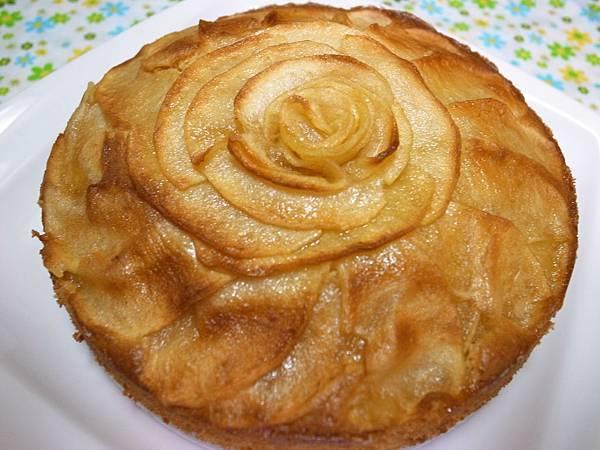 1.綻放玫瑰花紋的蛋糕.JPG