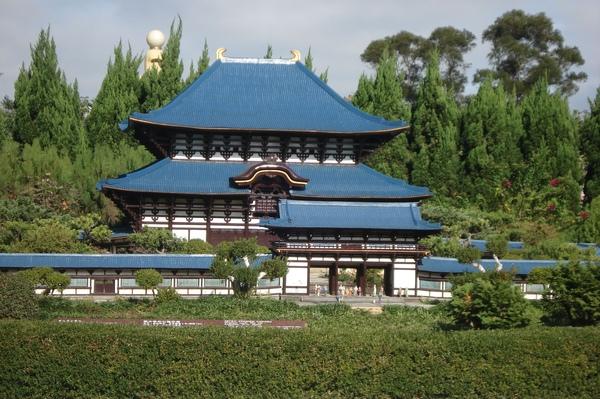 19日本神社.jpg