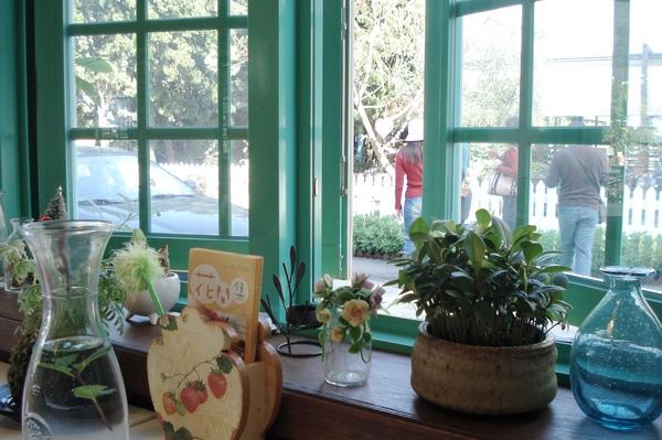 6花間集室內窗台布置.jpg