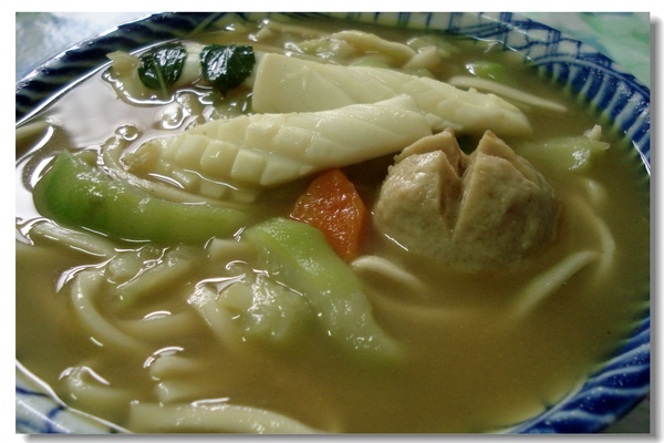2.咖哩鮮味拉麵.jpg