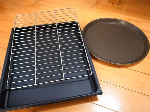 21.隨機的烤盤架組.JPG