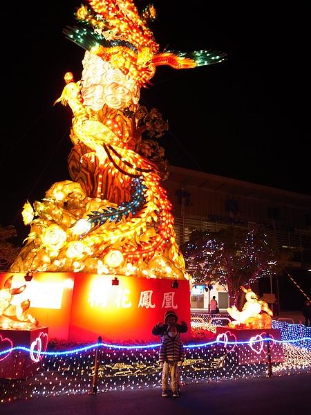 27.竹南後站燈景.jpg