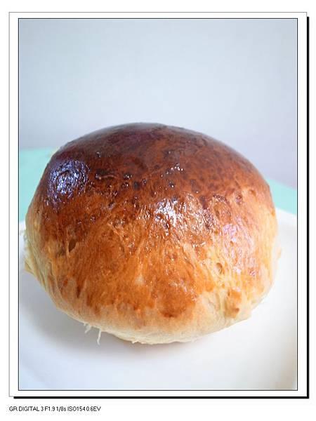 11.碩大的巨蛋麵包.JPG