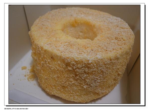 11.飯後的檸檬天吏蛋糕.JPG