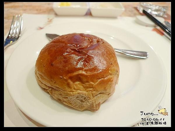 12.餐前麵包-好好吃.jpg