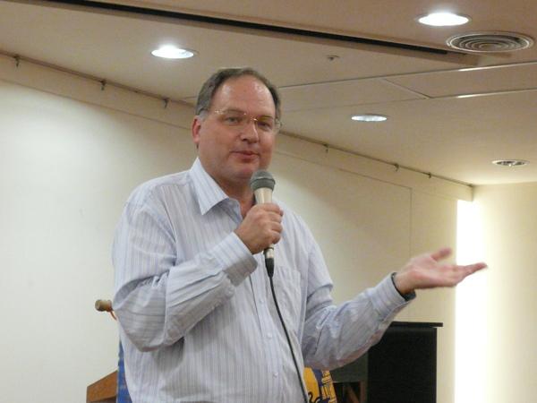 18 Table Topics Speaker - Scott Weaver.JPG
