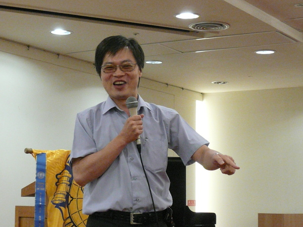 19 Table Topics Speaker - Kevin Yeh.JPG