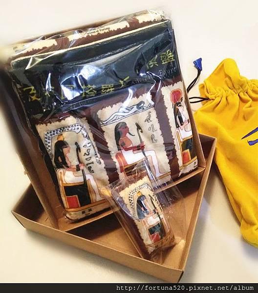 古埃及神圖塔羅精緻絲印棋盤塔羅布(盒裝) NT1500元