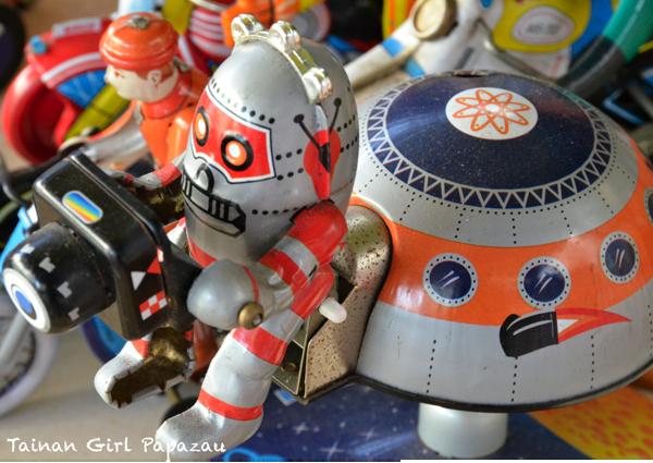 鐵皮玩具1.png
