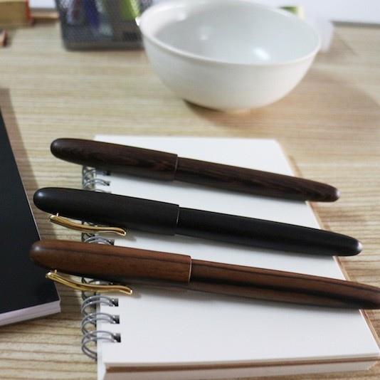tenny-wooden-pen-2
