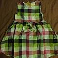 Carzy8,12-18M,也是小禮服,約台幣600。顏色很鮮豔,但是也是比較正式場合穿的。