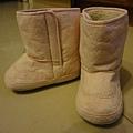 網路購買冬天雪靴,台幣129。冬天買這個就很貴啊,當然要趁夏天買進,然後冬天回花蓮很冷就可以穿啦!