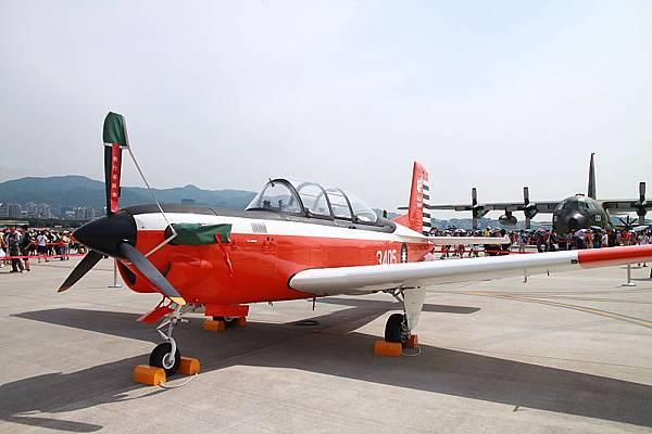 松山空軍基地_03.JPG