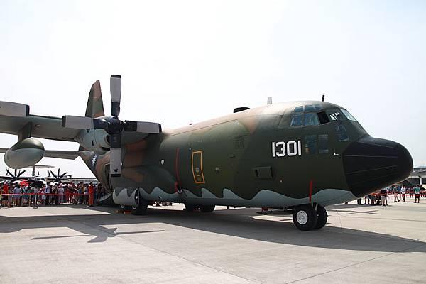 松山空軍基地_05.JPG