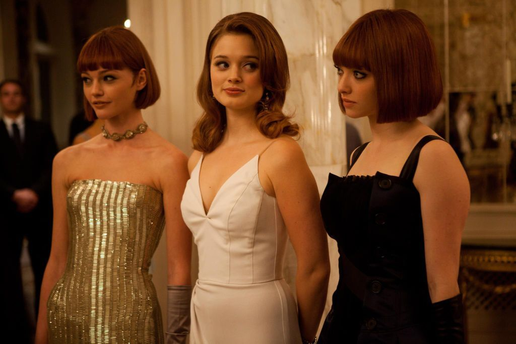 in_time_mother_clara_wife_michelle_and_daughter_sylvia_played_by_sasha_pivovarova_bella_heathcote_and_amanda_seyfried