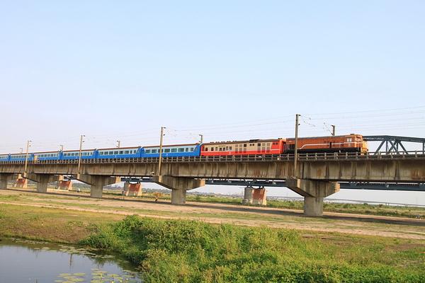 舊鐵橋4.JPG
