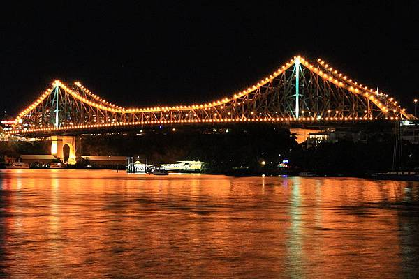 Brisbane 河岸夜景_19.JPG