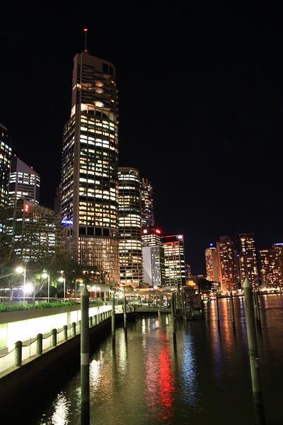 Brisbane 河岸夜景_13.JPG