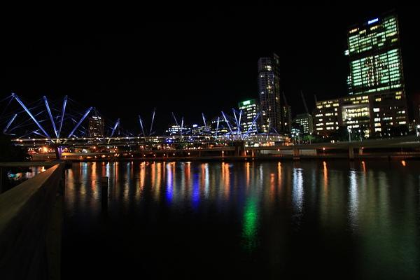 Brisbane 河岸夜景_03.JPG