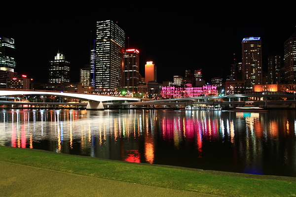Brisbane 河岸夜景_25.JPG