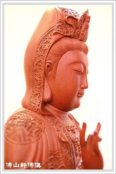 珍木佛具-紅壇木錦雕觀音神像05.jpg