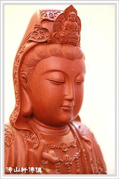 珍木佛具-紅壇木錦雕觀音神像04.jpg
