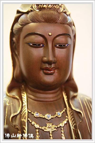 佛像-1呎6綠壇木觀世音菩薩描金2.jpg