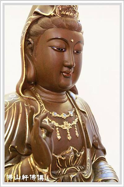 佛像-1呎6綠壇木觀世音菩薩描金7.jpg