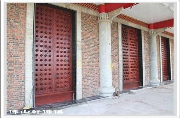 門釘廟門2