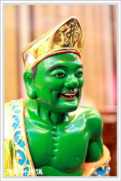綠巨人濟公佛像4