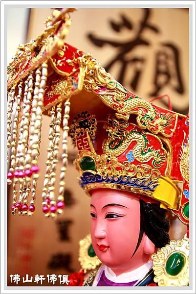 手工紙帽媽祖神木雕像10