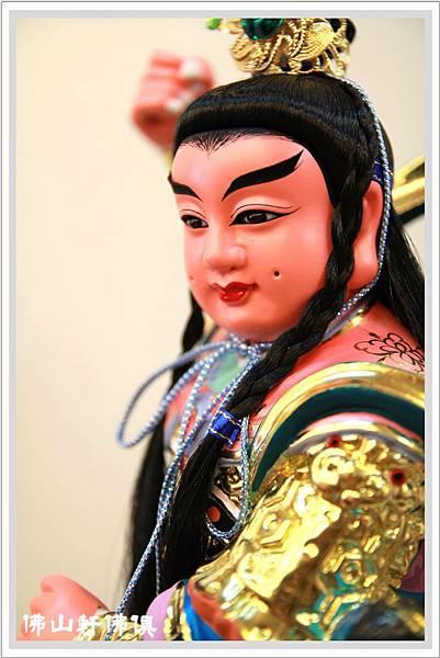 【神像佛俱】騎龍太子爺(龍頭向前) - 開創新時代的時尚佛像