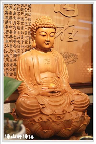 台灣檜木釋迦佛像2