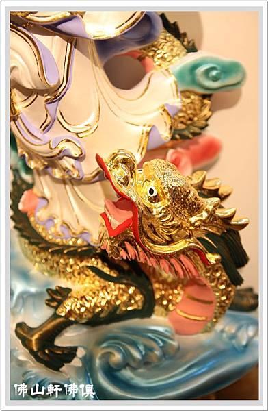 白衣觀音菩薩站青龍3