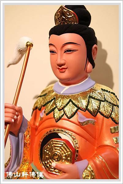八卦極袍地母神像3
