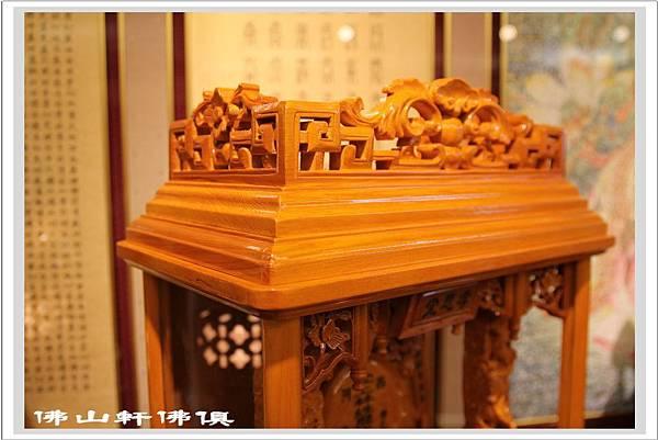 台灣檜木手工精雕祖龕6