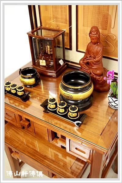 【佛山軒佛俱設計】古殿銅器系列- 彎腳祥發神桌 ( 設計師指定款式 )