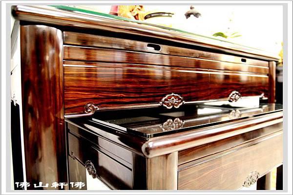 神桌佛具(佛俱) - 蘇拉威西黑檀神桌2.jpg